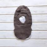 Шлем для мальчика трехслойный, коричневый